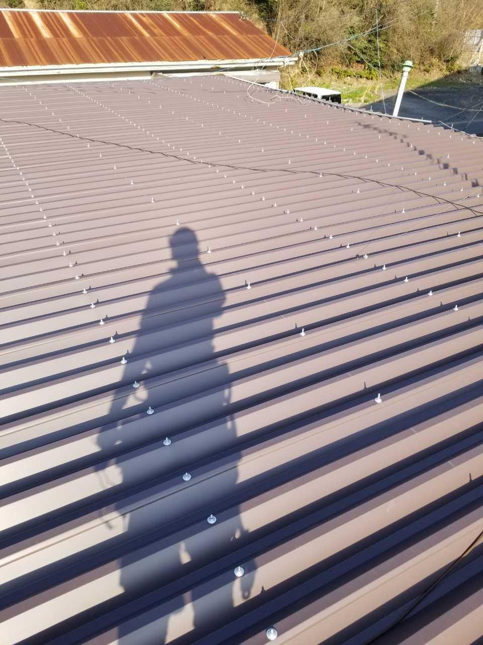 金属屋根のカバー工法