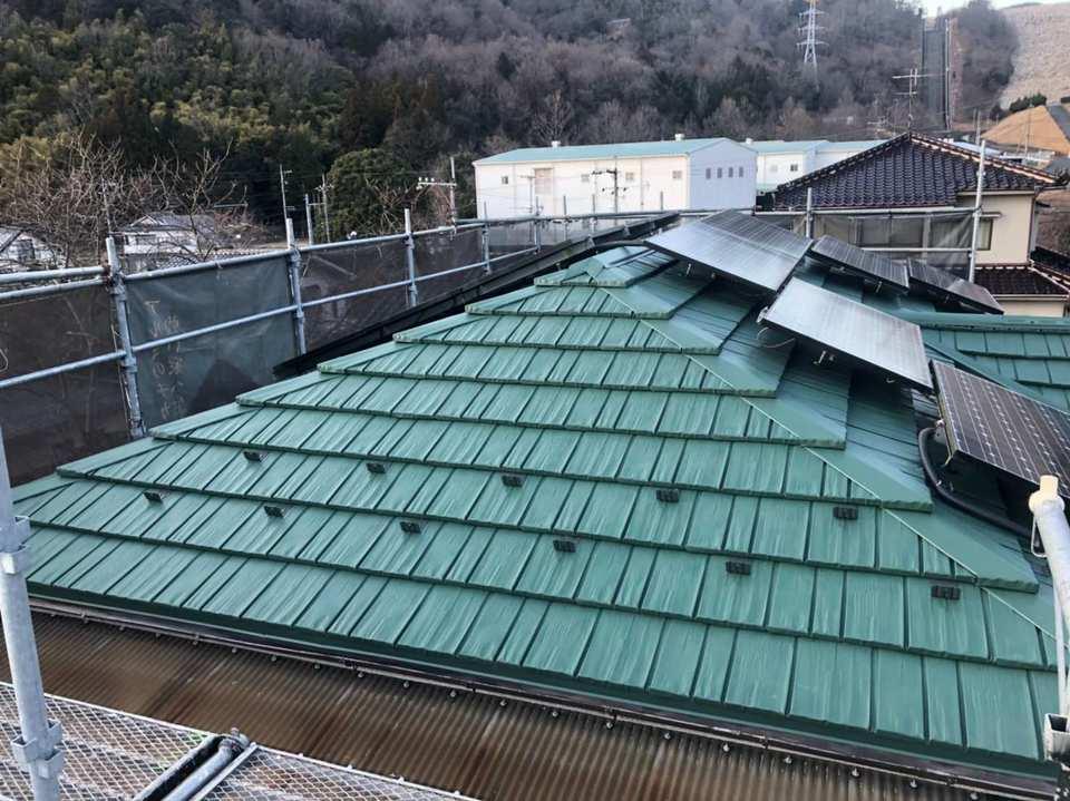 瓦屋根から金属屋根への葺き替え工事