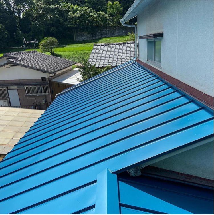 板金屋根に葺き替え